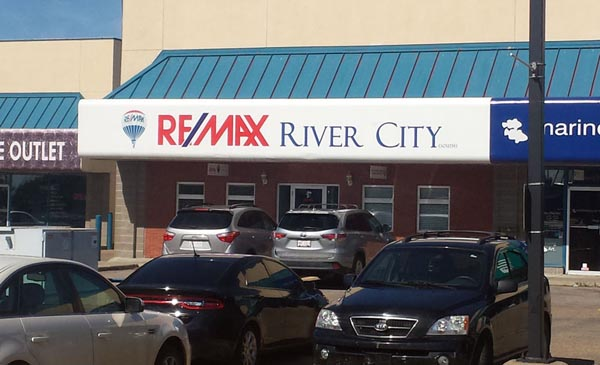 Remax River City Awning