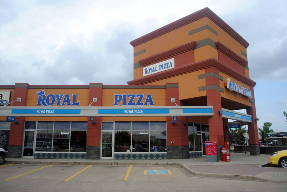 Royal Pizza Non-Illuminated Individual Letter Signage